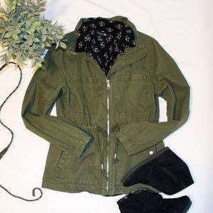 Canvas Utility Jacket Olive
